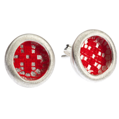 Large_Vessel_Group_Earing_Red